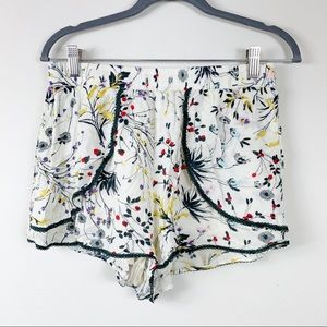Anthropologie Elevenses shorts S floral lace trim